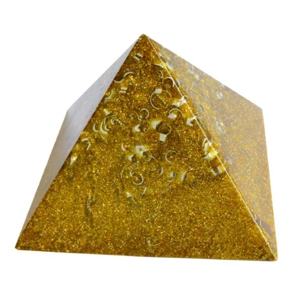 チャクラピラミッドオブジェ(ゴールド) 《オルゴナイト》 10×6.5cm